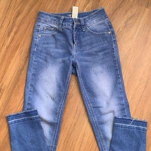 Girls crop pants size 8